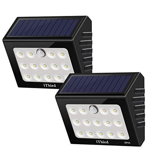 Sensore di movimento esterno per luci solari iThird Luci di sicurezza ad energia solare con LED Impermeabile per porta d'ingresso giardino Passerella percorso patio (Auto On / Off) (2 pezzi)