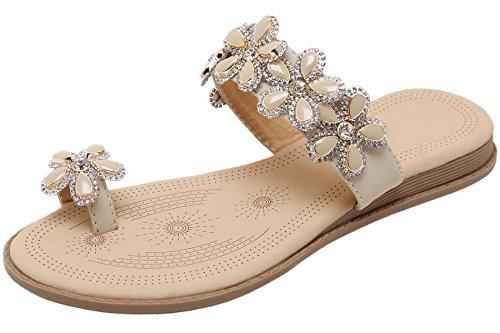 BIGTREE Damen Zehenringe Pantoffeln von Sommer Glänzend Perlen Blumen Urlaub Strand Casual Flach Sandalen Beige 35 EU Womens Römischen Stil Kleid