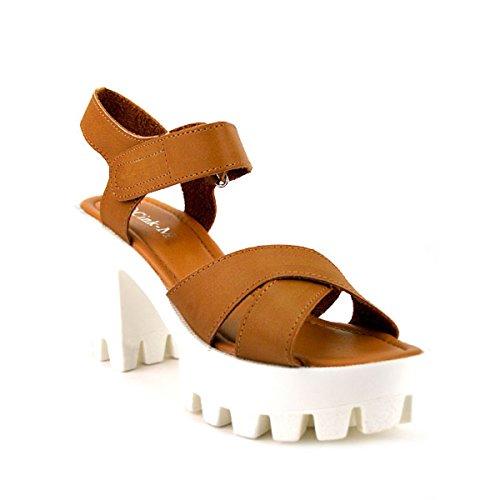 Cendriyon, Sandale à Talon Caramel MANOAH Chaussures Femme Caramel