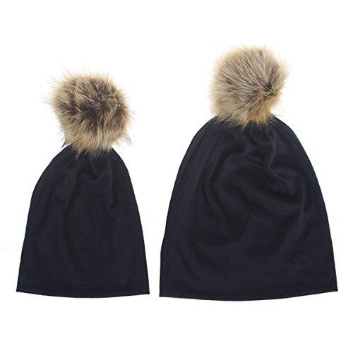 TININNA 2 in 1 Maman et Bébé Pure Color en Coton Gardez Chapeau Chaud du Mignon d'hiver 1-5 Ans Bebe Fourrure Ponpom Bonnet Casquette + Mere Bonnet Marine Bleu