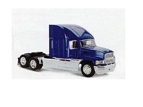new-ray-vehicule-miniature-tracteur-camion-1-32-mack-ch-bleu-810059