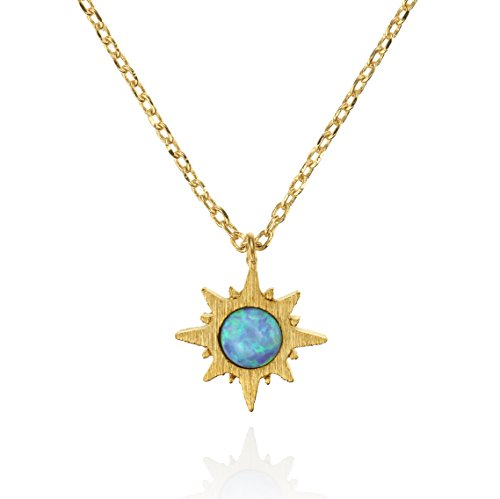 namana Sonnen Opal Anhänger mit Halskette, gebürstetes Finish 14 Karat vergoldete Sonnen Schmuck mit Opal, nickelfrei und bleifreie mit kleinem Sonnenaufgang-Anhänger (Sonne Halskette)