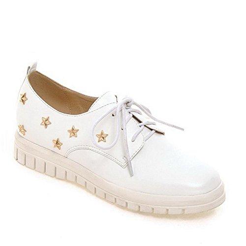 AllhqFashion Femme Lacet à Talon Bas Pu Cuir Mosaïque Rond Chaussures Légeres Blanc