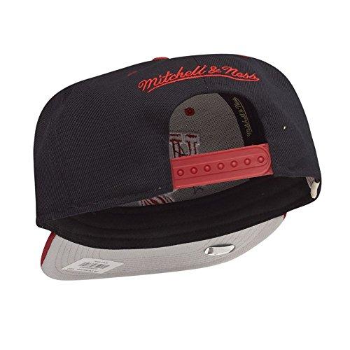 Mitchell & Ness - Snapback Miami Heat Mitchell & Ness Noir et Rouge Homme / Femme Noir-Rouge