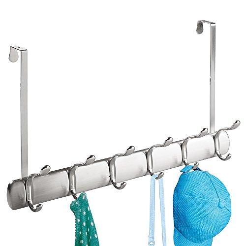 mDesign Türgarderobe – Hakenleiste zum Einhängen in die Tür – mit 12 Haken für Mäntel, Jacken, Bademäntel, Handtücher in Flur und Bad – gebürstet/Chrom