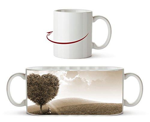romantischer Herzförmiger Baum Effekt: Sepia als Motivetasse 300ml, aus Keramik weiß, wunderbar als Geschenkidee oder ihre neue Lieblingstasse. Wüste Pralinen