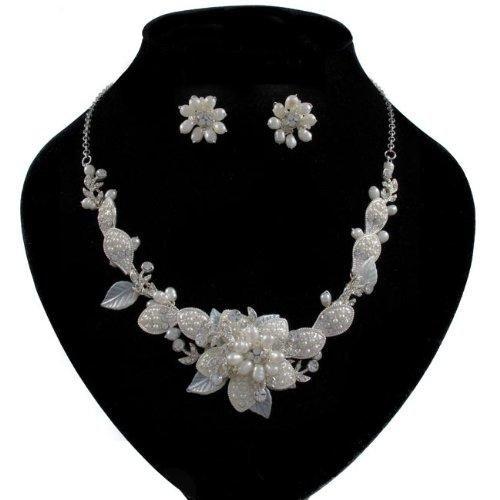 azalee-motivo-floreale-con-perle-e-swarovski-parure-di-collana-e-orecchini-da-sposa