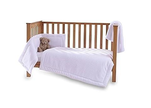 Clair de Lune Honeycomb 3 Piece Cot/Cot Bed Quilt & Bumper Bedding Set - White