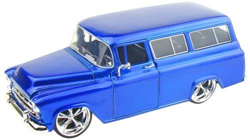 Jada Toys 53267 - Sammlermodell 1/24 Chevrolet Suburban KMC SS