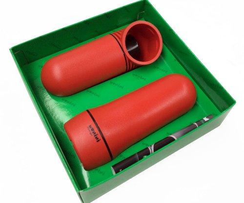 Schiaccia noci con apri bottiglie in colori assortiti (rosso)