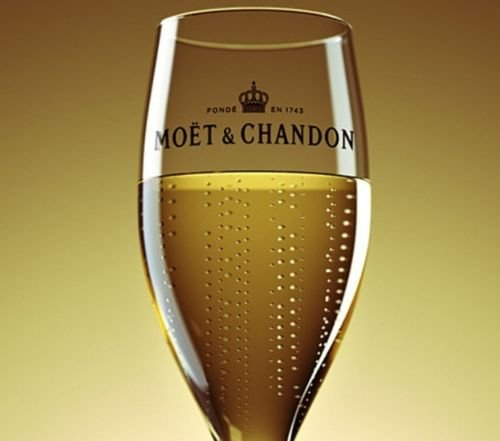 moet-and-chandon-champagne-flute-nv