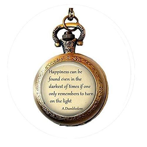 bab Halskette mit Anhänger, Aufschrift Happiness can be Found Even in The Darkest of Times, Dumbledore Zitat, Zitat