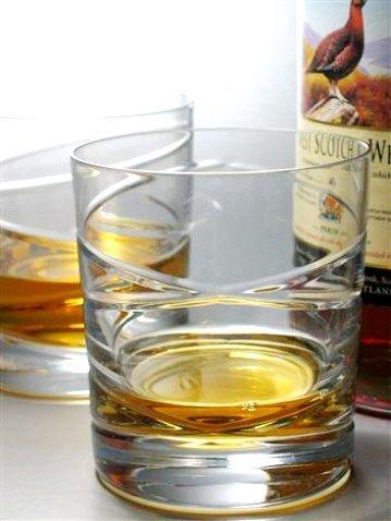 6 Crystal Whisky Glasses - Cross Swirl