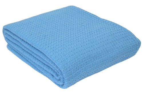 Homescapes waschbare Piqué Waffel Decke 230 x 250 cm Tagesdecke Überwurf Plaid aus 100%
