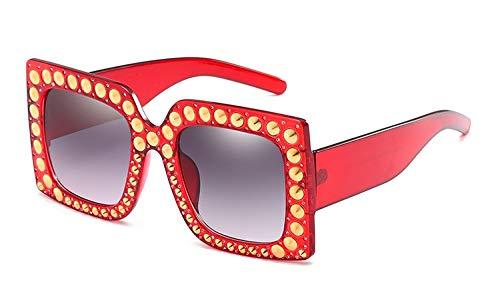 NSYJDSP 57g Rivet Rim Platz Sonnenbrille Frauen Marke Brille Damen Retro Glitter Designer Mode Männlich Weiblich 45362 C4 klar rot