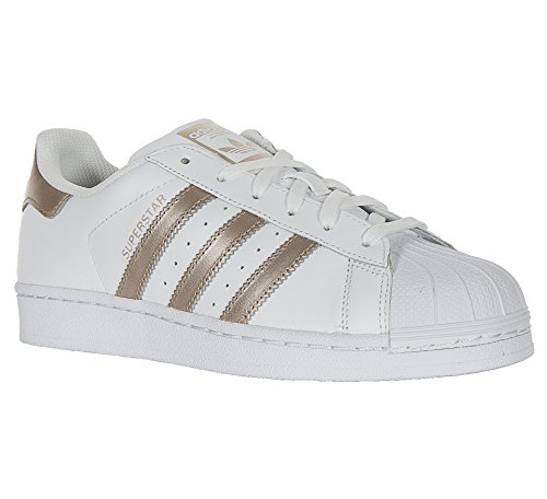 <span class='b_prefix'></span> adidas Women's Superstar W Low-Top Sneakers