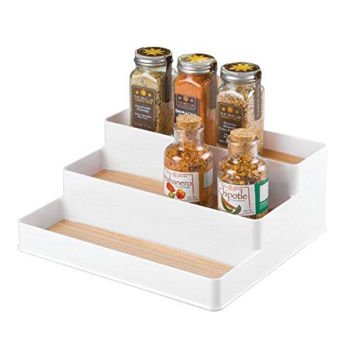 mDesign Estantería para botes de especias – práctico accesorio de cocina para organizar especias – Especiero con 3 niveles – Color: blanco/madera clara