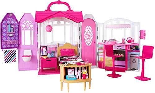 Barbie CHF54 - Glam Ferienhaus, portables Puppenhaus mit 3 Zimmer, 20+ Zubehörteile, ca. 76 cm breit mit Tragegriff, Mädchen Spielzeug ab 3 Jahren -