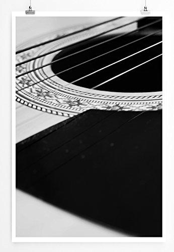 Best for home Artprints - Künstlerische Fotografie - Saiten ( Seiten ) einer Westerngitarre schwarz weiß- Fotodruck in gestochen scharfer Qualität