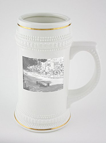 beer-mug-with-golden-rim-of-graham-hill-indulge-in-racing