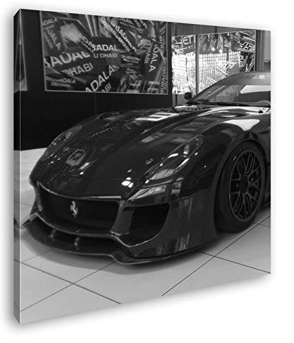 deyoli Roter Ferrari in Einer Ausstellung Format: 70x70 Effekt: Schwarz&Weiß als Leinwandbild, Motiv auf Echtholzrahmen, Hochwertiger Digitaldruck mit Rahmen, Kein Poster oder Plakat