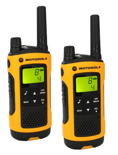 Motorola-TLKR-T80-Extreme-two-way-radio-PMR