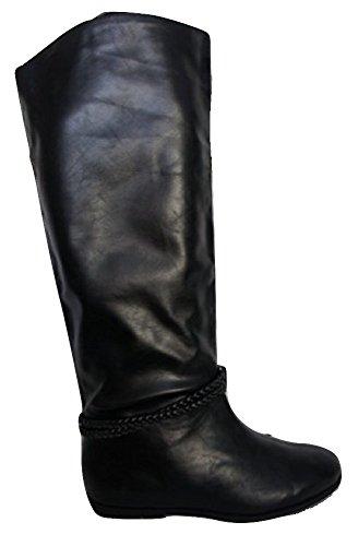 Stilvolle flach Leder Optik Pull auf Stiefel mit
