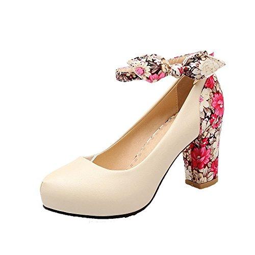 AllhqFashion Damen Weiches Material Rund Zehe Hoher Absatz Schnalle Pumps Schuhe Cremefarben