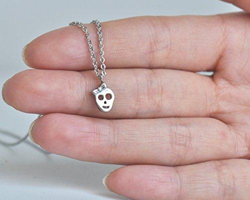 Aoloshow Boucles d'oreilles ou pendentif pour collier en acier inoxydable Amour de la mode Bow Skull Necklace - Silver