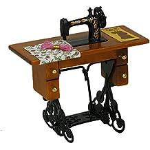 TOOGOO(R) Maquina de coser miniatura de la vendimia con el pano para la escala 1/12 dollhouse decoration