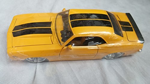Jada Big Time Muscle 1969 Chevy Camaro 1:24 Yellow with Black Stripe 90346 by JADA