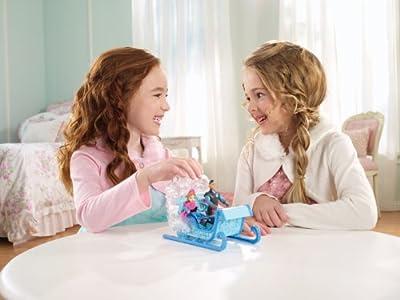 Disney Princesses Y9979 - Figurita con trineo, diseño de Princesa Anna por Disney Princesses
