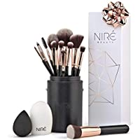 Niré Artistry kit: pennelli make up, Niré Beauty Blender, pulitore pennelli in una confezione regalo