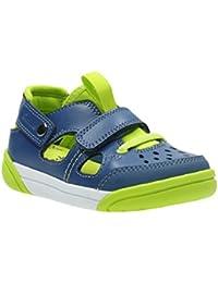 d86641a62b61 Amazon.co.uk  Clarks - Sandals   Boys  Shoes  Shoes   Bags
