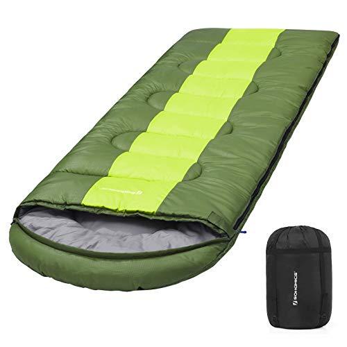 SONGMICS Saco de Dormir, Bolsa de Dormir Ancha, 4 Estaciones, Fácil de Llevar, Ligera, Compacta, para Excursión de Camping, 220 x 84 cm, Temperatura Ideal 5-15°C, Verde Militar GSB02AJ