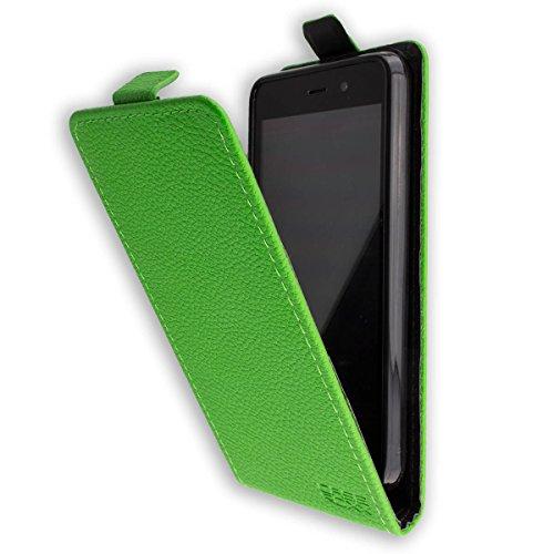 caseroxx Hülle/Tasche Flip Cover passend für Medion Life E4504 MD 99537, Schutzhülle (Handytasche klappbar in grün)