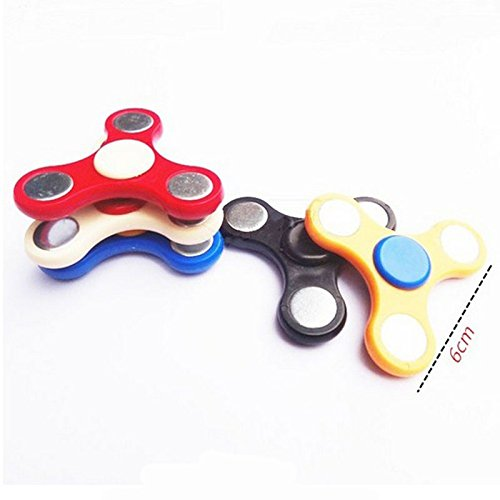 YI Fidget Hand Spinner, Toy Great Gift (Trei Hand Spinner) Black -