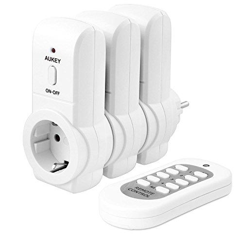 AUKEY Enchufes Inalámbricos Inteligentes con Control Remoto de Salida Eléctrica (3 Enchufes / 1 Mando a Distancia) para Aparatos Electrodomésticos, hasta 30 m / 100 ft Rango de Operación