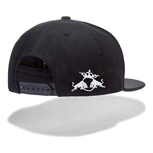 Con la ropa Red Bull Batalla de los Gallos oficial están perfectamente  preparados para el Eventos Freestyle de Rap. La black man y woman hip hop  Denim Cap ... 0299da629ac