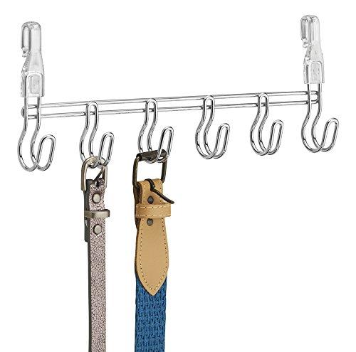 Foto de mDesign Organizador de armarios y vestidores – Colgador de cinturones y complementos – 6 ganchos ¬ Acero plateado - Se cuelga de estanterias metalicas en armarios abiertos