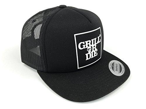 GRILL OR DIE® Trucker Cap ★ Snapback 2 schwarz mit weissen Aufdruck in Premium-Qualität ★ Special Edition BBQ Grill Zubehör (Schwarz)