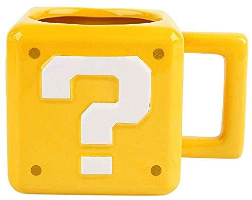 Taza desayuno color amarillo. Super Mario