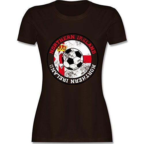 EM 2016 - Frankreich - Northern Ireland Kreis & Fußball Vintage - tailliertes Premium T-Shirt mit Rundhalsausschnitt für Damen Braun
