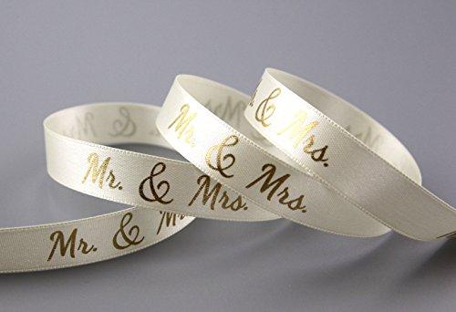 Dekoband Mr & Mrs CREME GOLD 3 m x 15 mm Geschenkband Hochzeit Wedding Satinband für Hochzeitsgeschenk Hochzeitsalbum Schleifenband von FINEMARK Creme-gold
