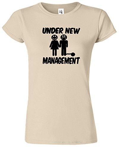 Under New Management Hirsch Nacht Hochzeit Herren T Shirt Sand / Schwarz Design