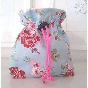 Futtertasche Futterbeutel Leckerlibeutel hellblau Rosen Handarbeit Handmade
