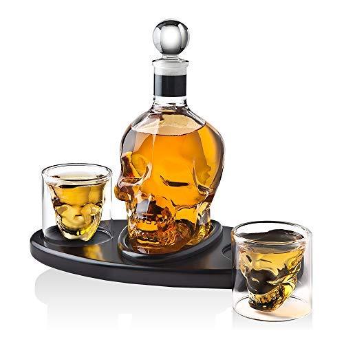 Whisky-Dekanter Totenkopf mit 2 Cocktail-Schnapsgläsern - für Likör, Scotch, Bourbon oder Wodka - 850 ml (Cocktails Halloween Wodka)