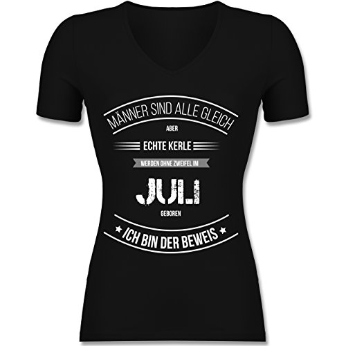 Geburtstag - Echte Kerle Werden IM Juli Geboren - Tailliertes T-Shirt mit V-Ausschnitt für Frauen Schwarz