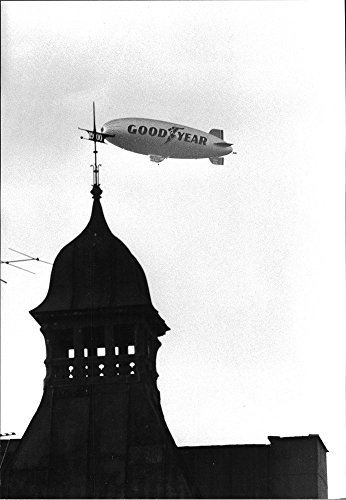vintage-photo-of-aviatik-airship-europe-from-american-goodyear-fly-past-in-denmark