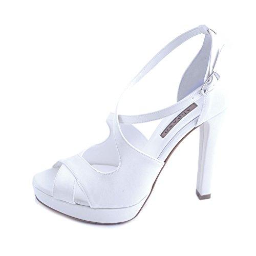 Albano sandali donna sposa raso bianco con fasce intrecciate e chiusura con cinturino al tallone. tacco comodo robusto da 11,5cm e plateau da 2 cm.taglia 41